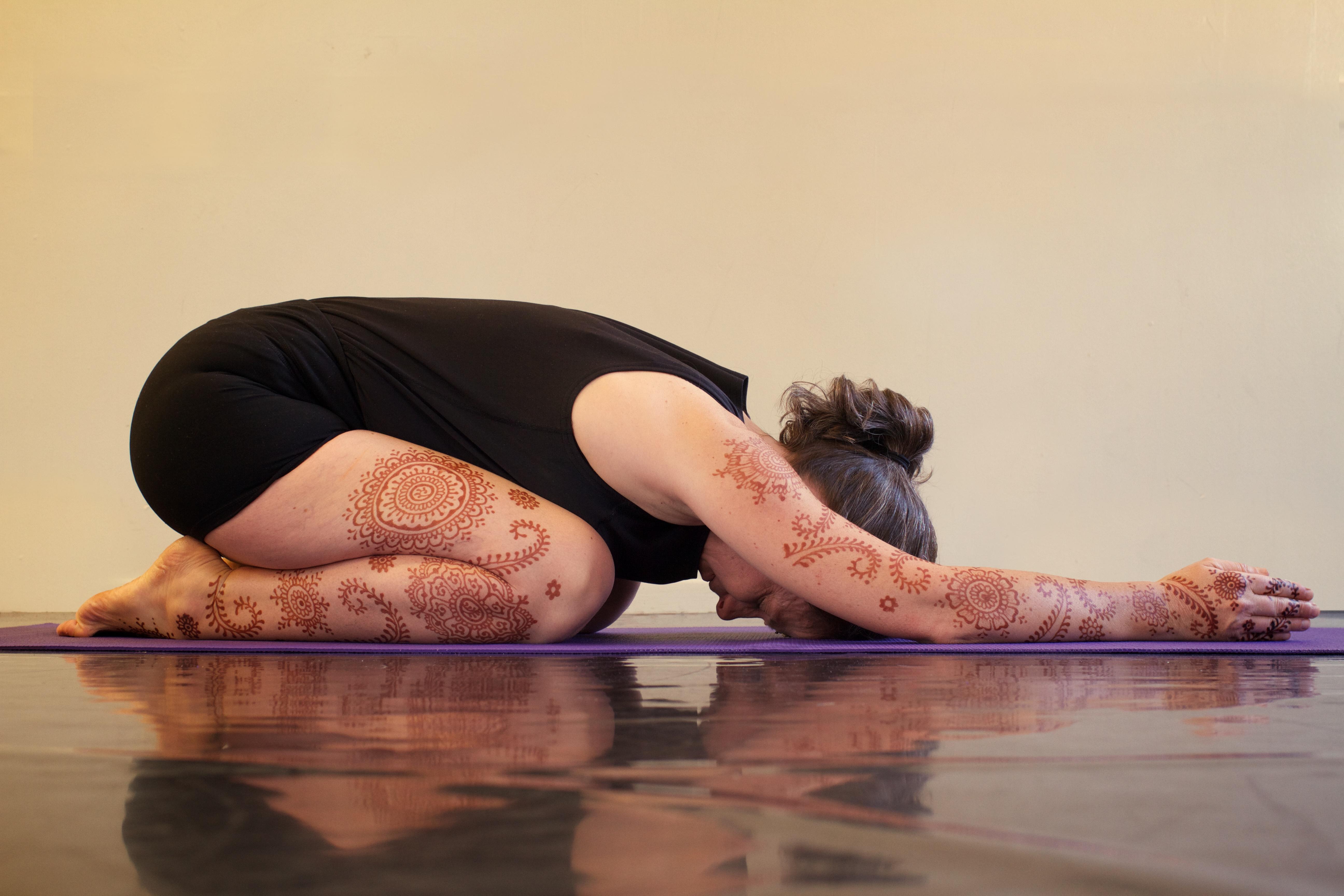 Yoga henna