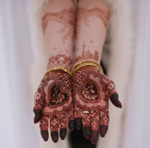 Bridal henna with CN Tower.