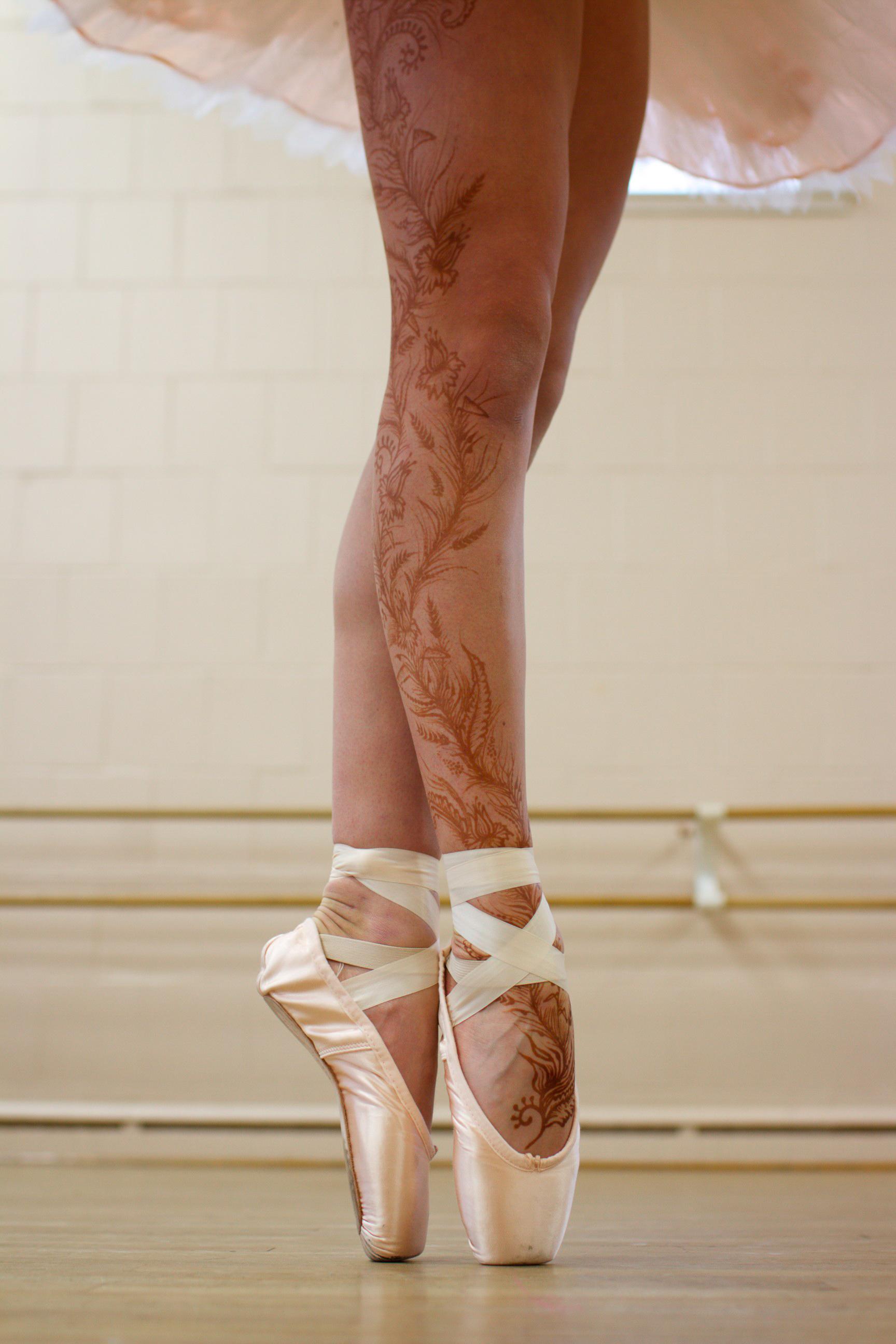 Henna on a ballerina's legs.