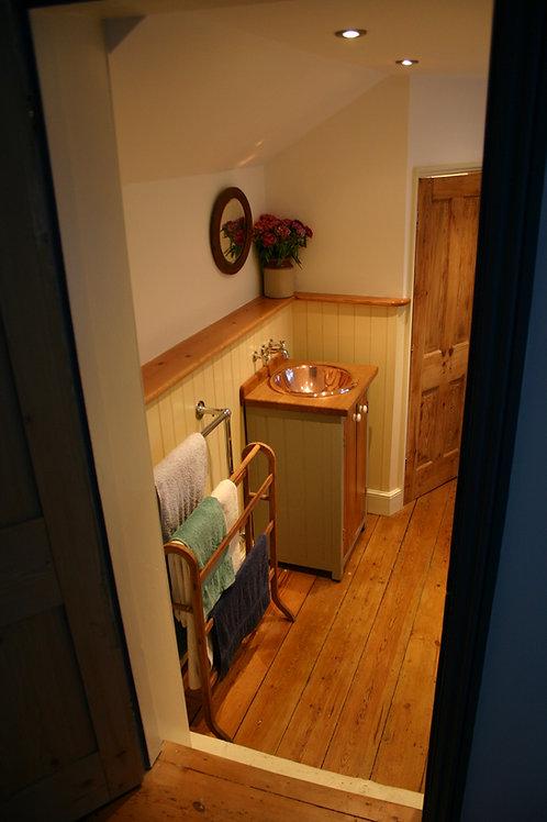 Freestanding bathroom basin cupboard