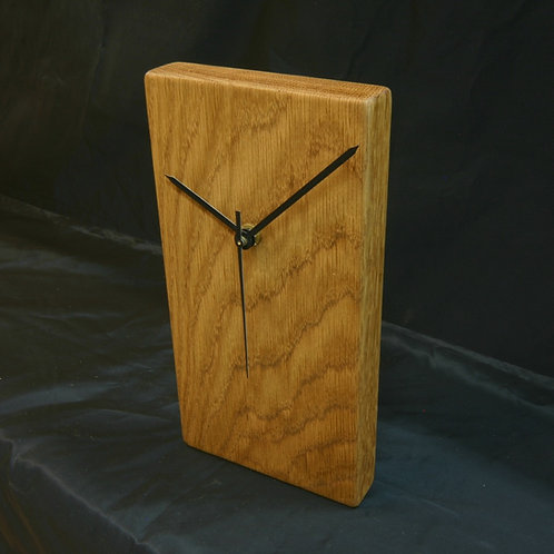 Oak wall or shelf clock