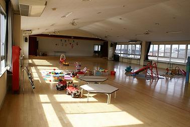 広い遊戯室