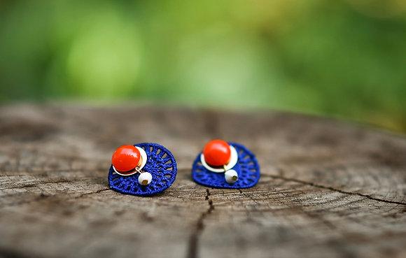 Boucles d'oreilles crochet bleu et corail