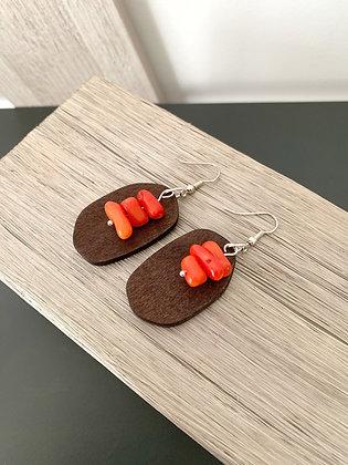 Boucles d'oreilles bois et corail rouge