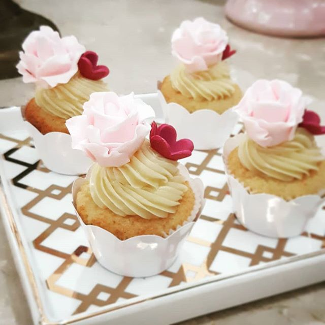Delicadeza desses mini cupcakes para a n
