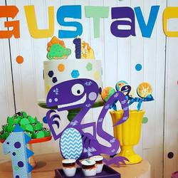 Meu Amigo Dinossauro para o Gustavo!__Os