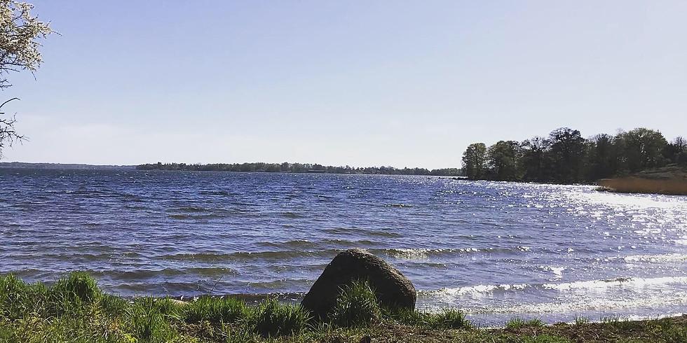 Fira in sommaren med Yoga Karlskrona!