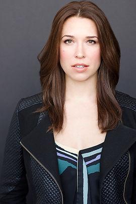 Danielle Kelsey Headshot2