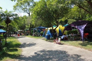 Campsite%20tents_edited.jpg