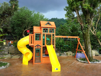 1 Kids play area.jpg