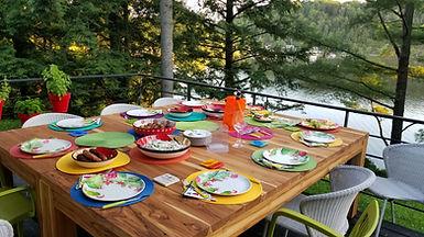 Table_en_bois_extérieur_3.jpg