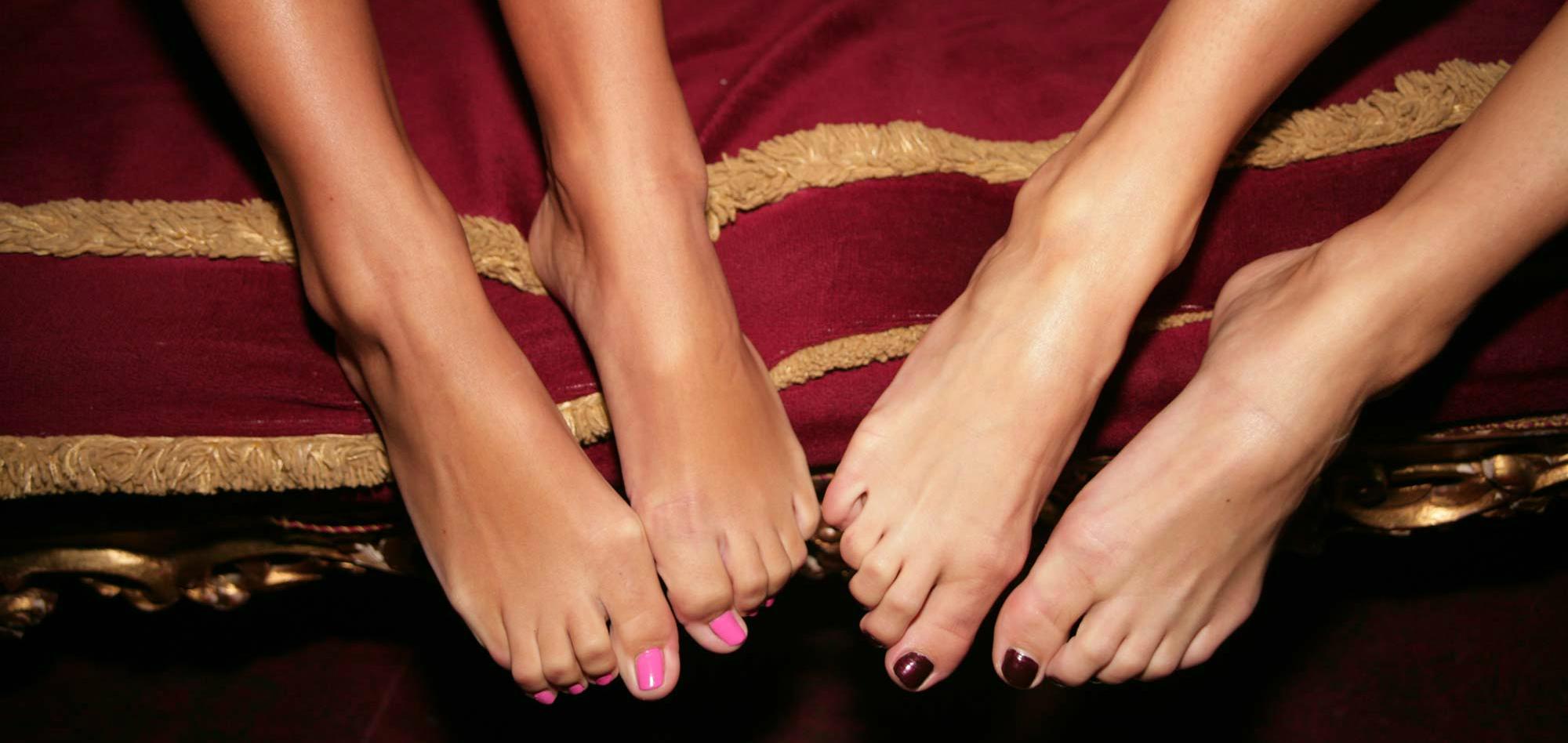 Foot worship and foot fucking with mia lelani 8