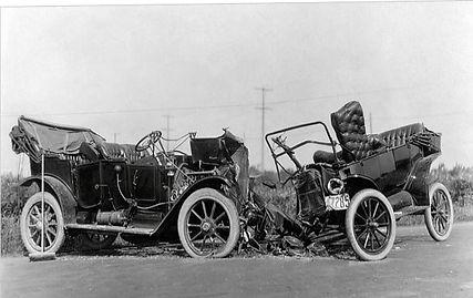 vintage-car-crash-1914-daniel-hagerman-c