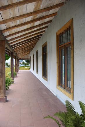 Exterior pasillo Hotel Casablanca Chile