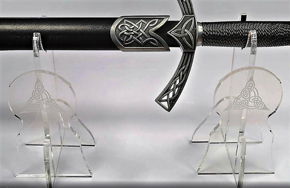 Support épée en plexiglas