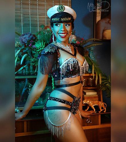 A4 Sailor Show Girl