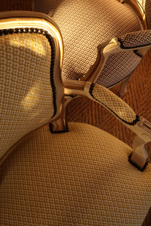 Cabriolets de style Louis XV - Atelier Compas Tapissier Gard
