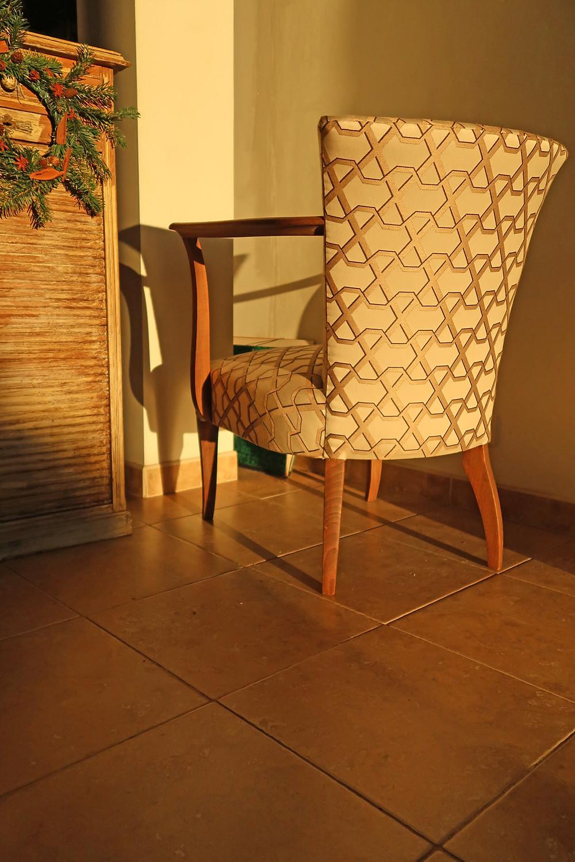 Tapissier Gard - fauteuil bridge - Nîmes