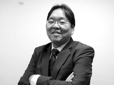 Julio Kosaka - Viceministro de Construcción y Saneamiento