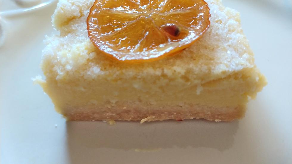 Sugar free and gluten free Keto Friendly Lemon Bar