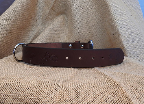 Kožený obojek, hnědý, zdobený, šířka 3,8 cm