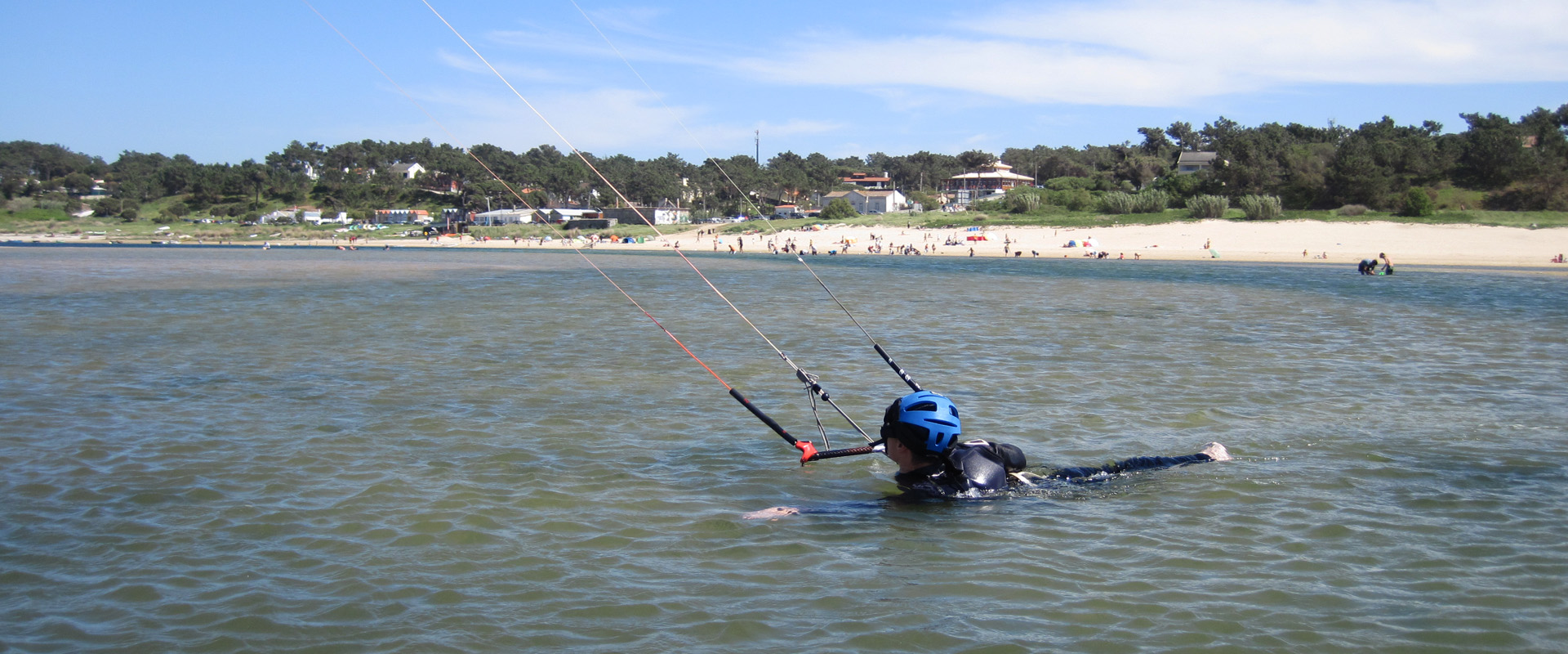 Kiteboarding with South Adventures
