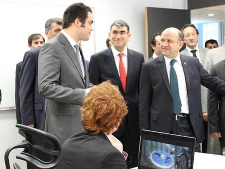 Bilim, Sanayi ve Teknoloji Bakanı Fikri Işık, Taleworlds'ü Ziyaret Etti