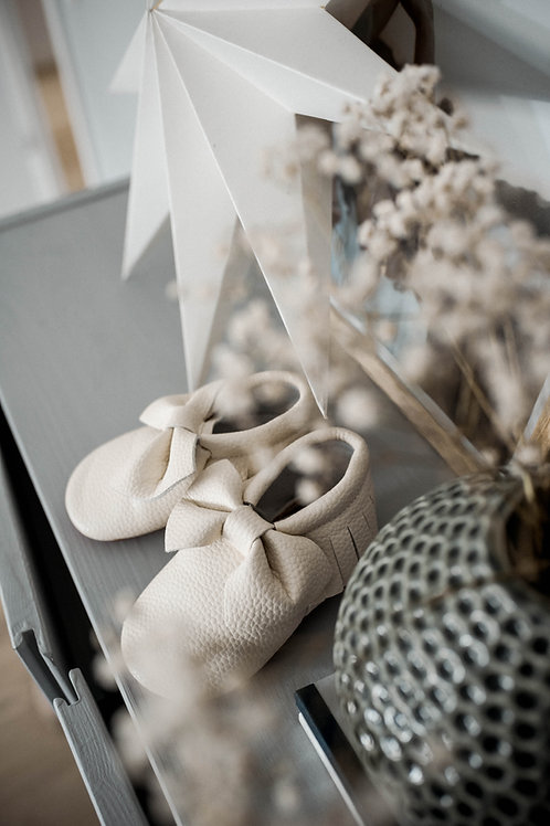Bow Shoes - Off White 3-6 months