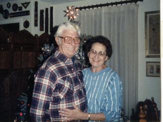 Martha & Lloyd Ahlschwede, Christmas 1986