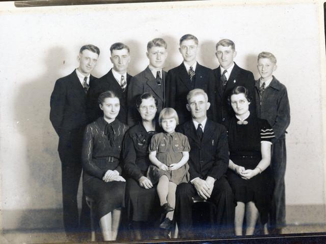 George & Luisa Ahlschwede & Family