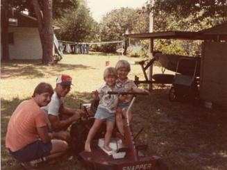 Lloyd Ahlschwede, son & grandsons