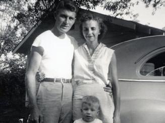 Martha & Lloyd Ahlschwede with son Mike