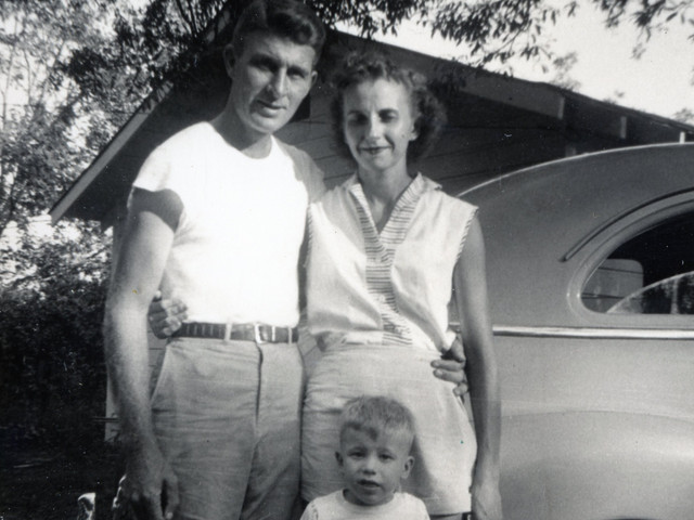 Martha & Lloyd Ahlschwede with son Mike