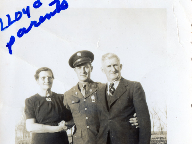 Lloyd Ahlschwede & his parents, 1944