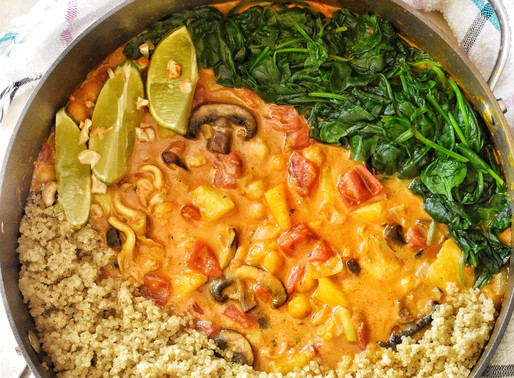 YELLOW CURRY WITH COCONUT QUINOA