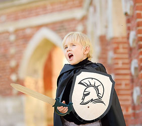 Boy in knights outfit Arundel v2.jpg