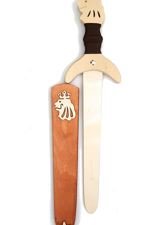 toy swords,toy shield,viking shield,national trust toys,quality childrens toys,medieval weapons for kids,way of the warrior