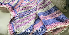 Cuddly Baby Blanket with Scalloped Edges #freepattern