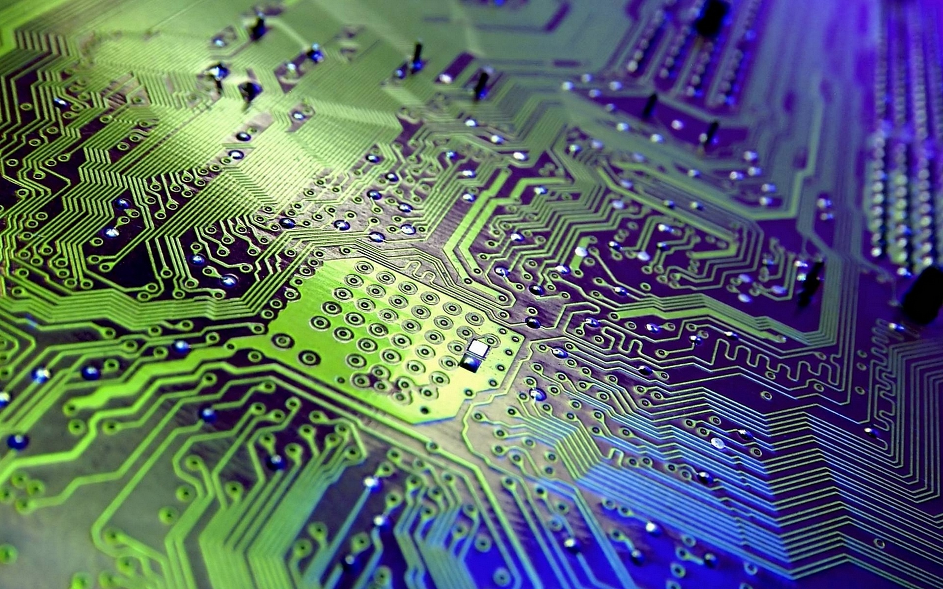 Free-Circuit-Board-Image