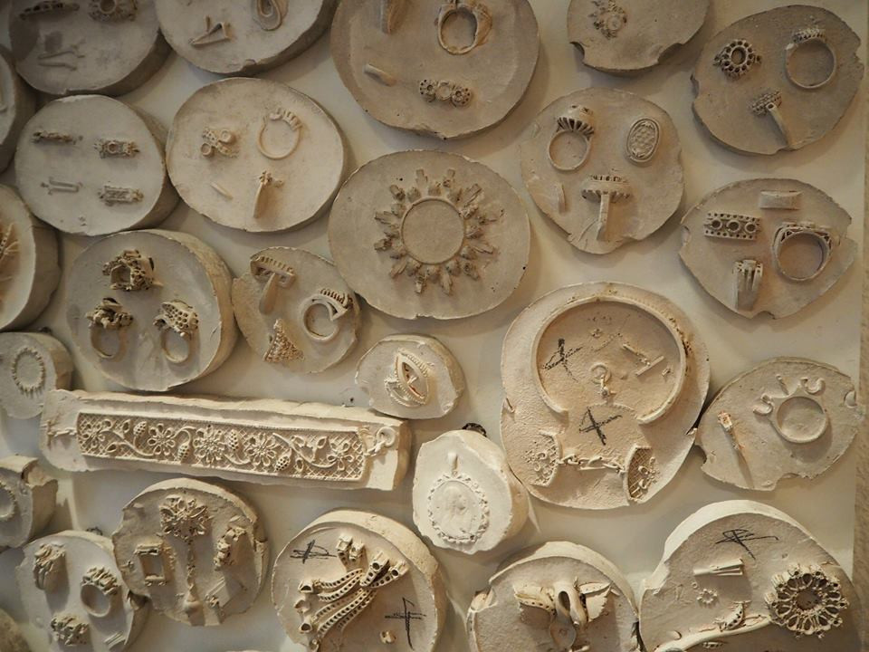 Mural moldes