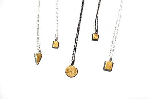 Kumboo Geometric necklace