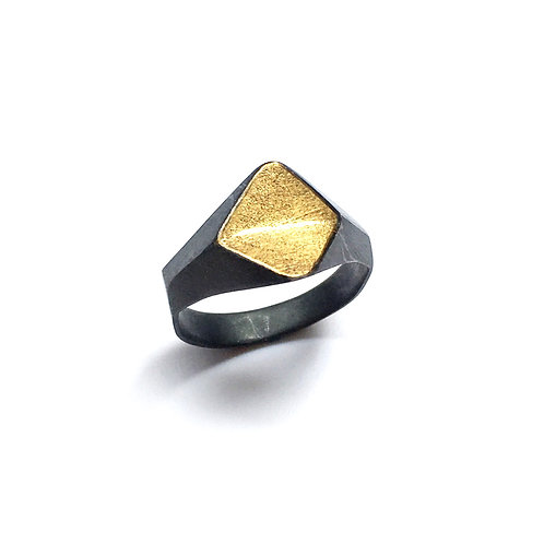 Kumboo. Faceted Rings