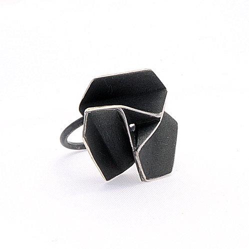Pinwheel rings
