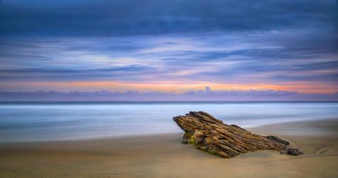 _20A6722_piedra mar playa pano saturada.