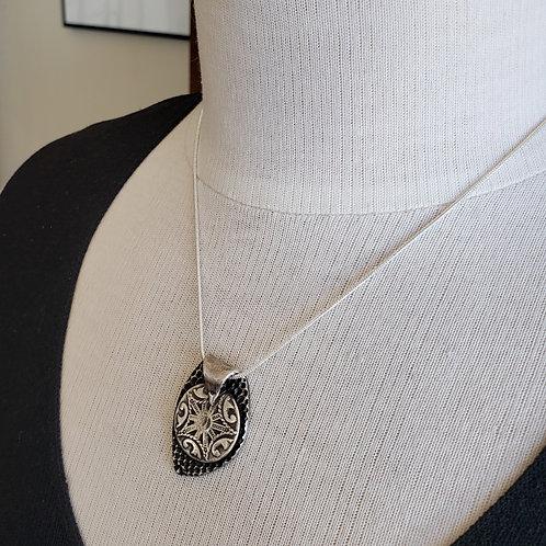 Antique Design Silver Pendant
