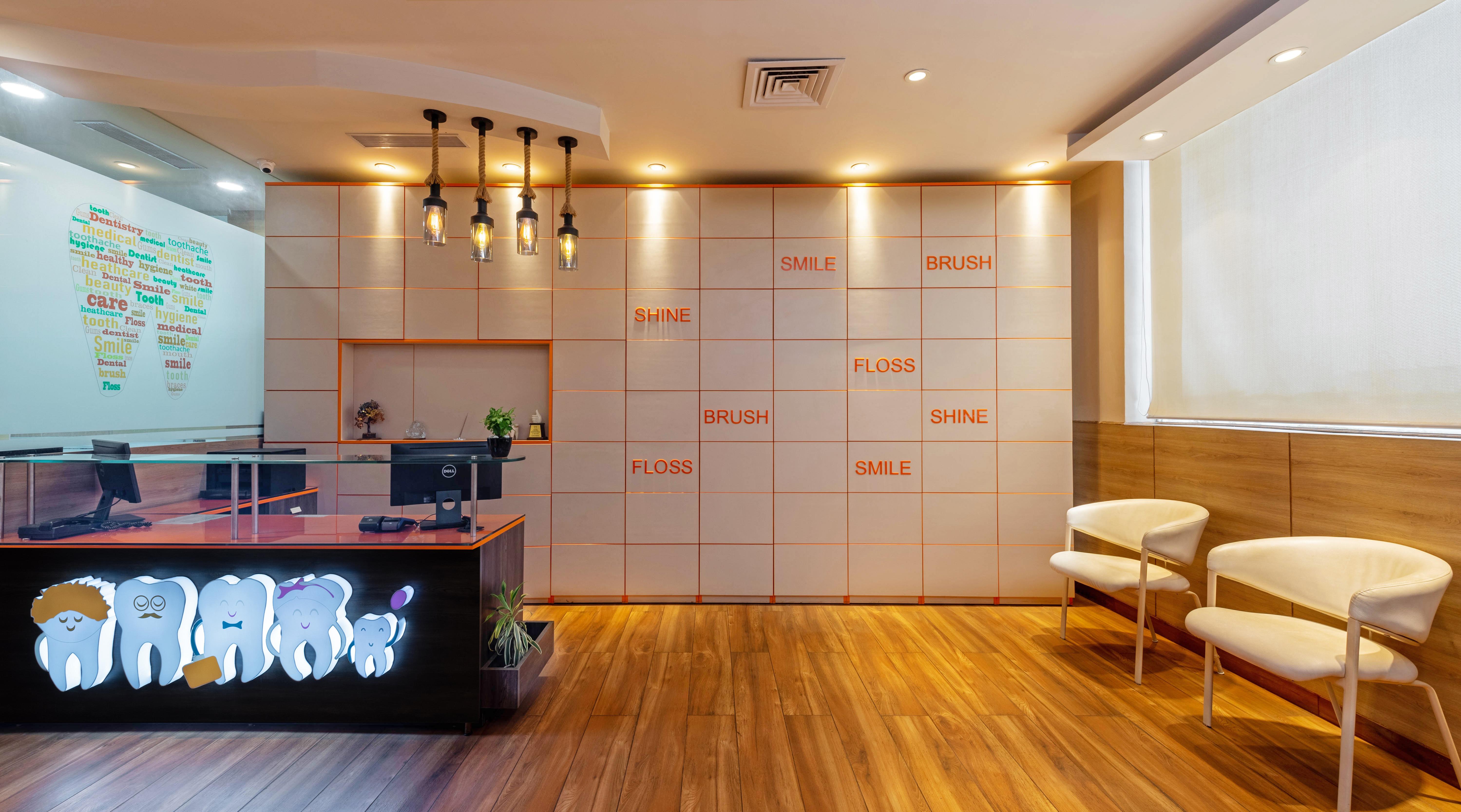 Dental Clinic Gurgaon - Design 8