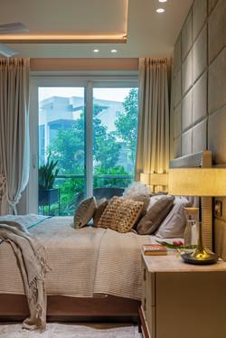 DLF Crest Apartmernt - Essentia Environments