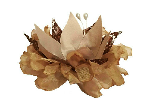 Aquilegia Fabric Flower Shells Box with 20 Pieces