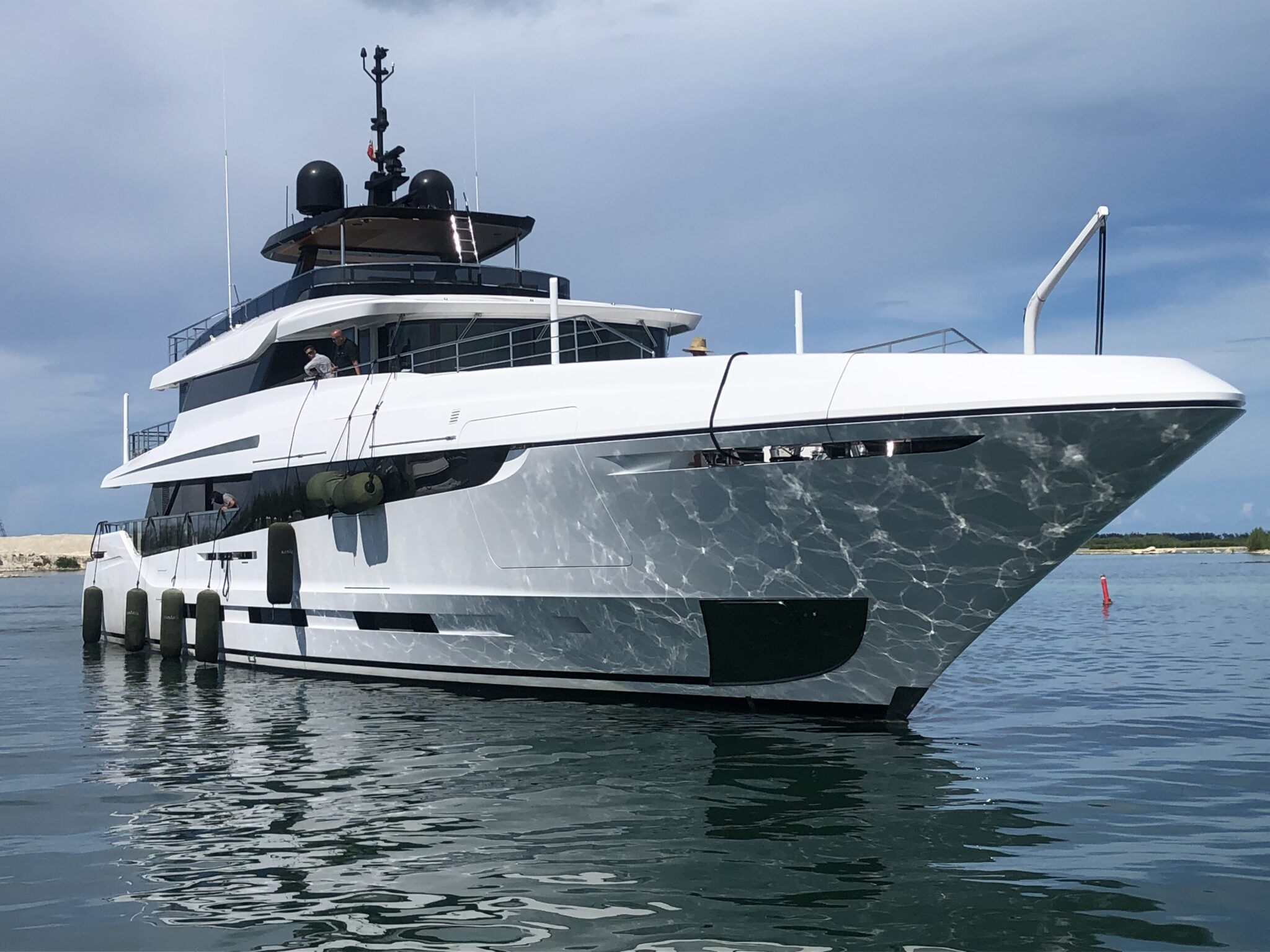 140 Ft Motor Yacht - Flagship