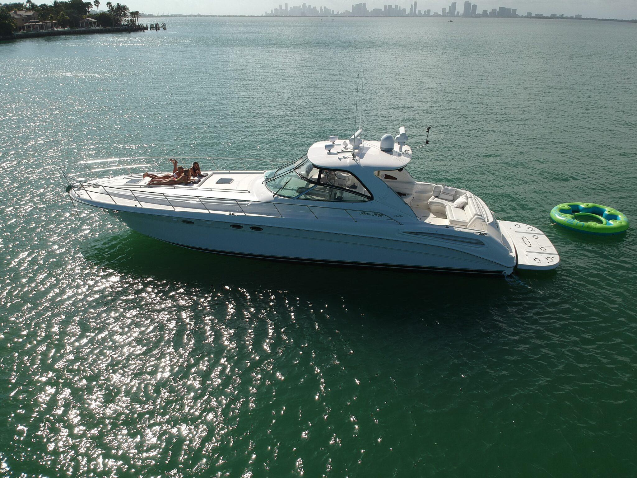 54 Ft Express Motor Yacht